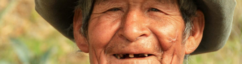 Lächelnde Schauspieler bei Bonner Filmproduktion