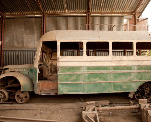Filmproduktion in Peru mit Schienenfahrzeug